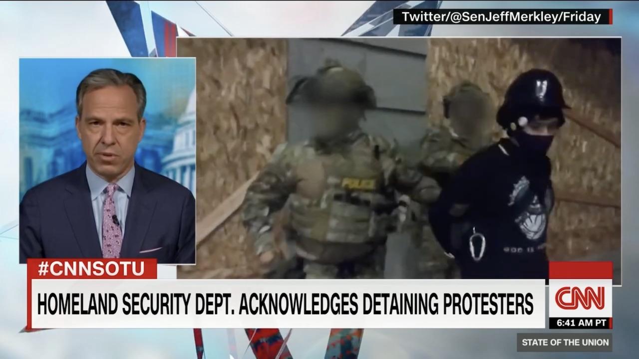 CNN blurred photo
